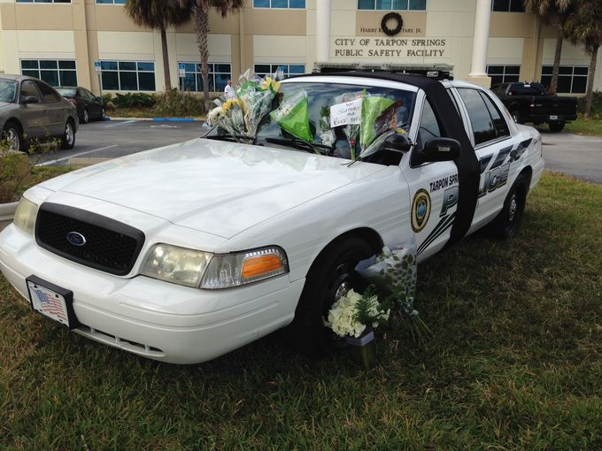 Florida Cop Killed in Tarpon Springs, within 24 hours of the NYPD officers killings.